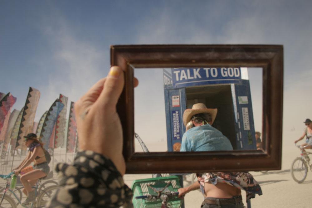 14_talk-to_-god_-phonebox_0