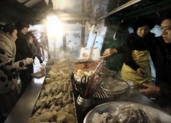 steamy seoul streetfood