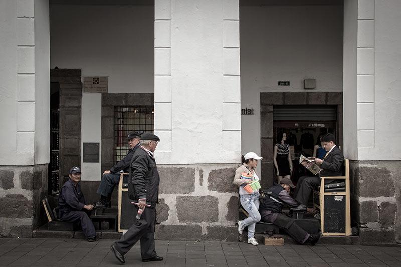 quito-street-scene